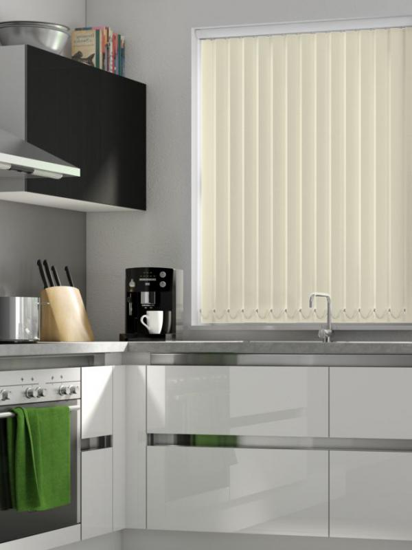 Vanilla Blackout Vertical Blind - FR